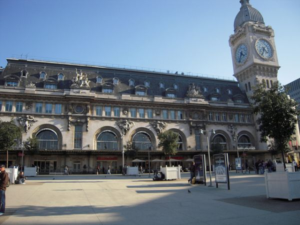 Reserver Taxi Gare de Lyon Siège bébé